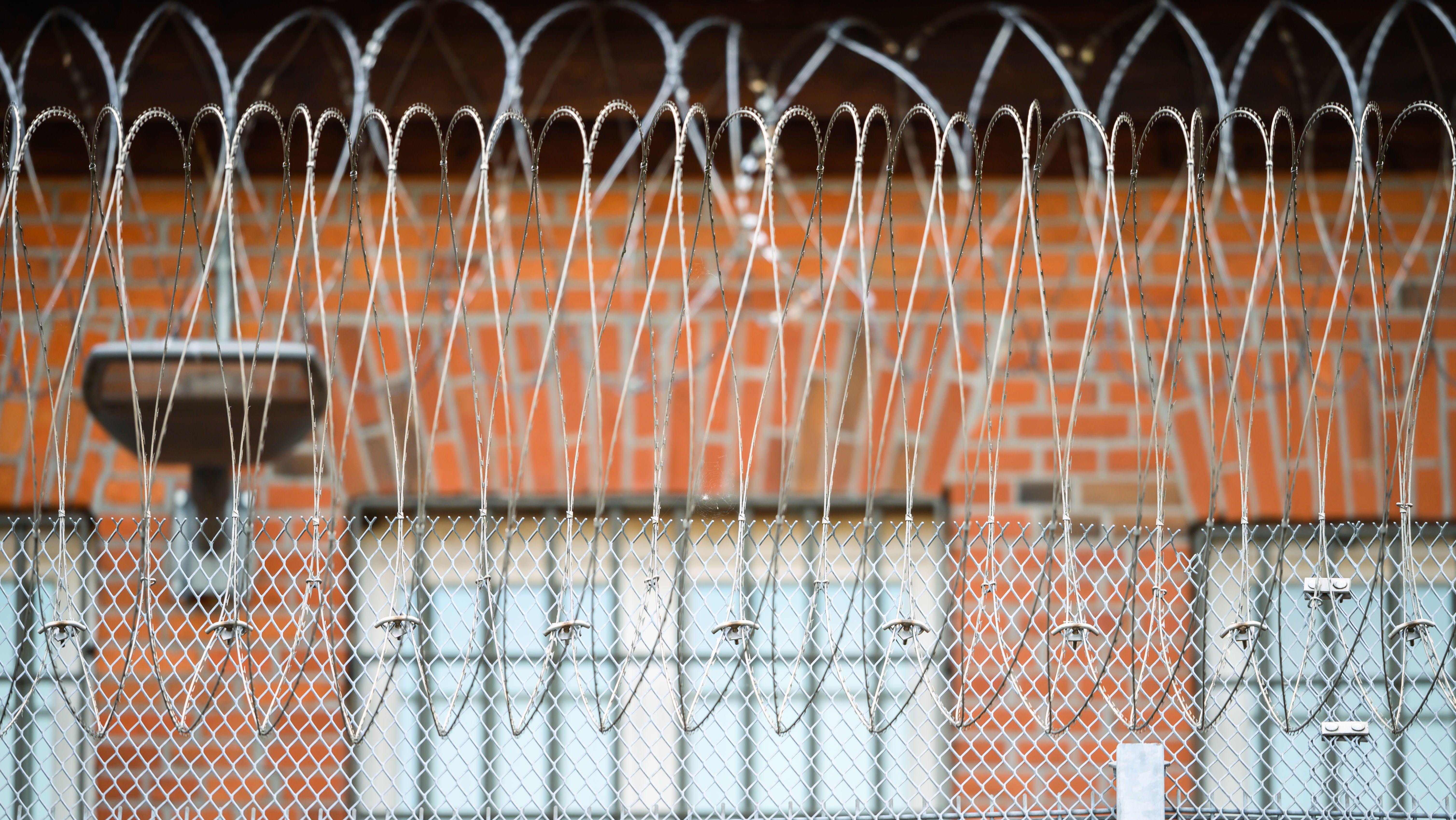 Gefängniszaun (Symbolbild)