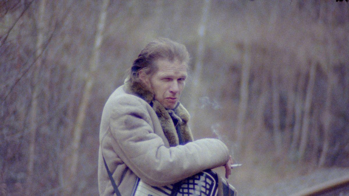 """Filmstill aus der Videoarbeit """"Barrit"""" von Cyrill Lachauer"""