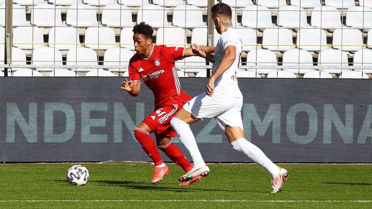 Spielszene aus der Partie Bayern München II gegen Viktoria Köln
