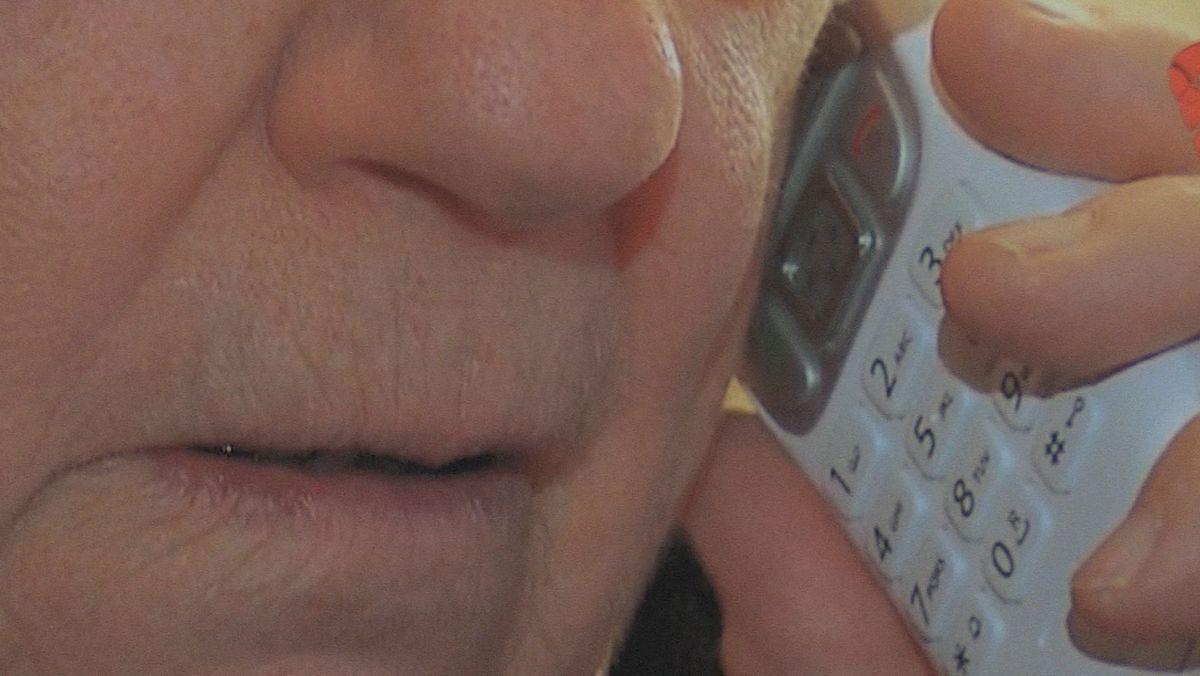 Abzocke am Telefon (Symbolbild)