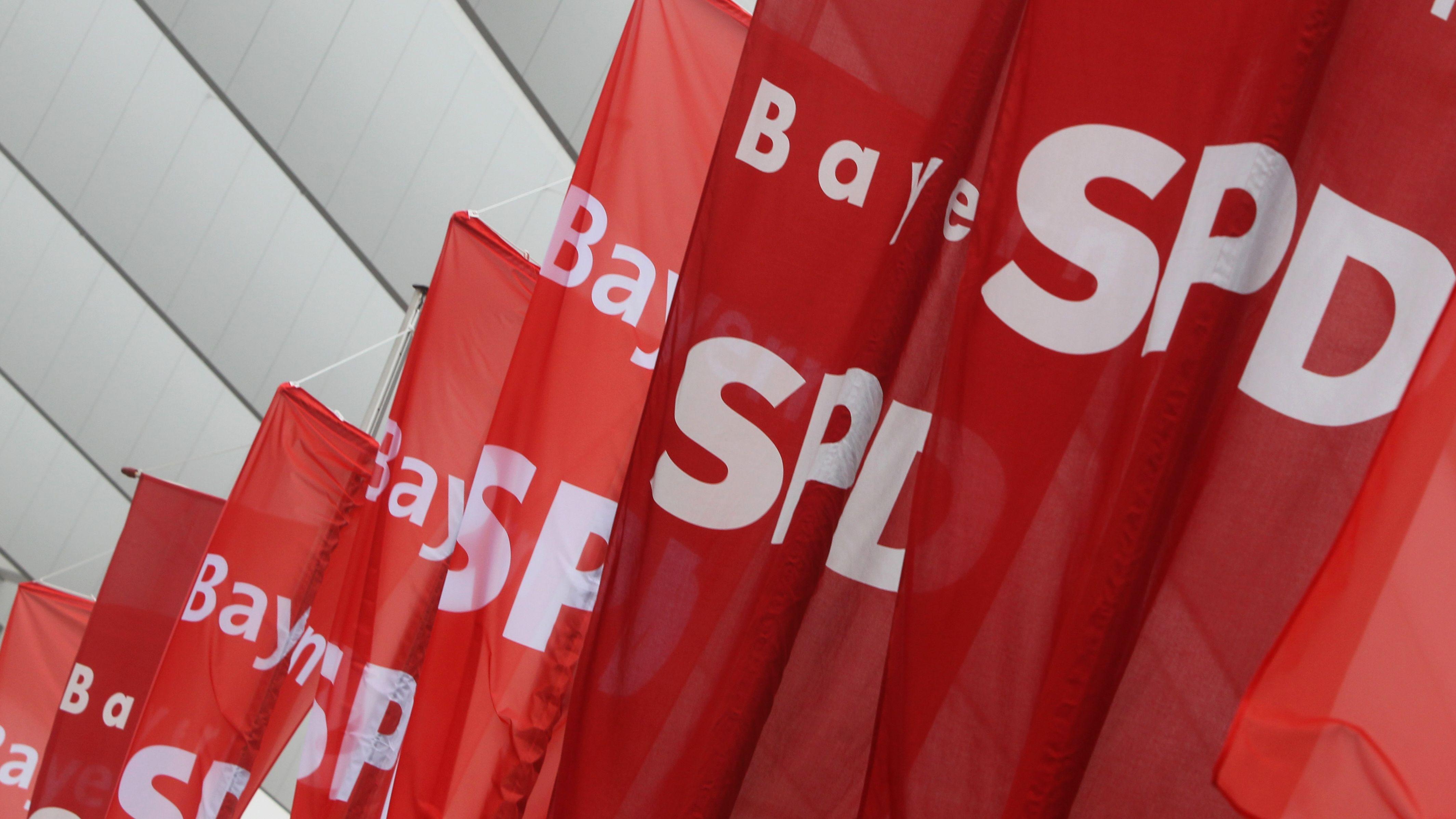 Bayern-SPD-Flaggen