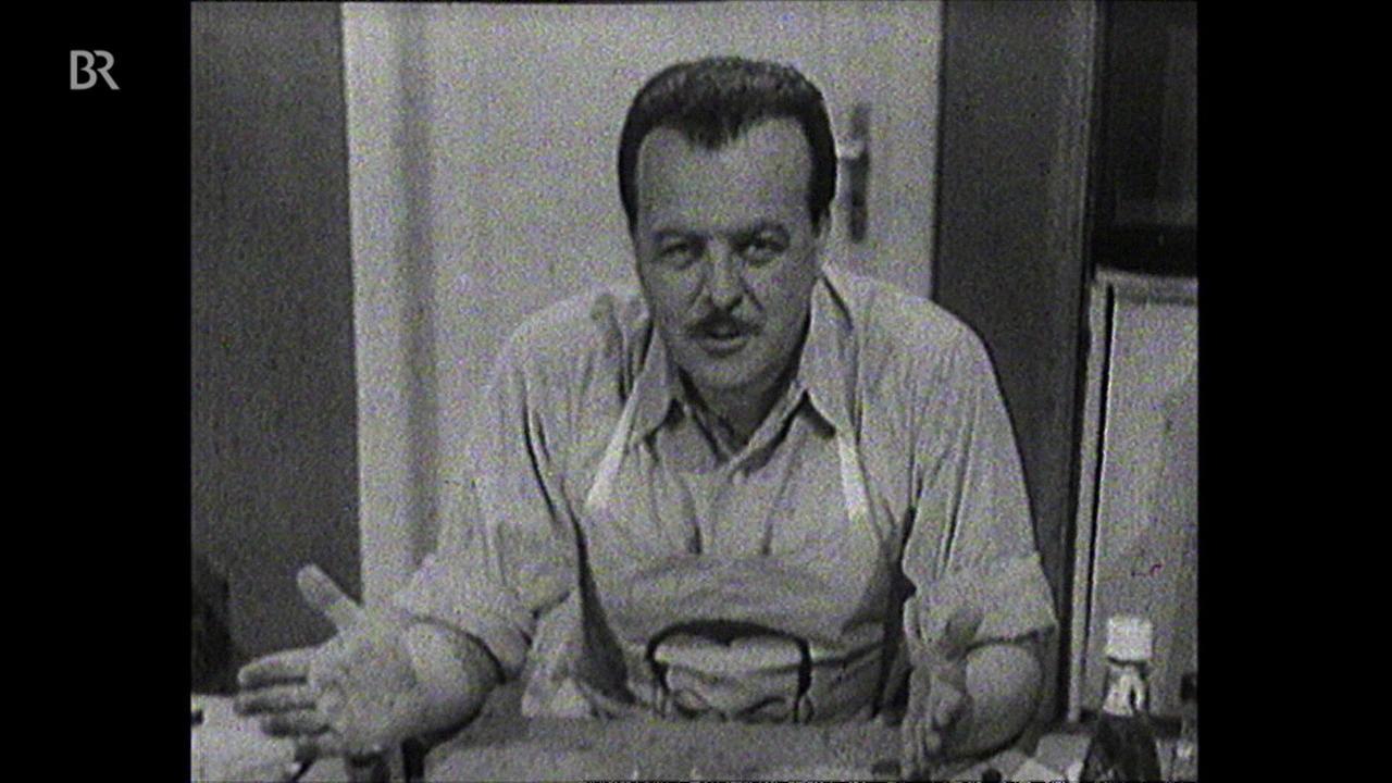 alpha-retro: Fernsehküche : Clemens Wilmenrod bittet zu Tisch: Verlorene Eier auf Toast (1955)