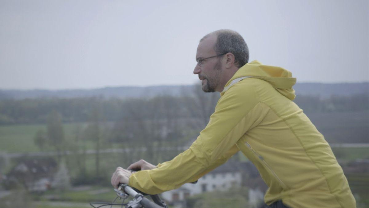 Nicolas Gkotses auf seinem Rennrad in Bayern unterwegs