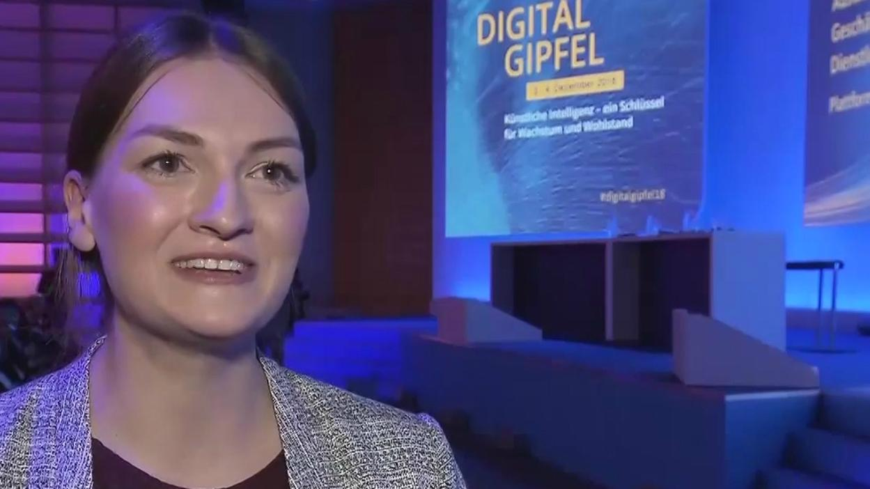 Digitalministerin Judith Gerlach beim Digitalgipfel