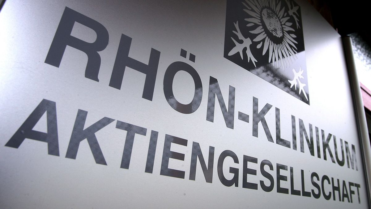 """Schild """"Rhön-Klinikum Aktiengesellschaft"""""""