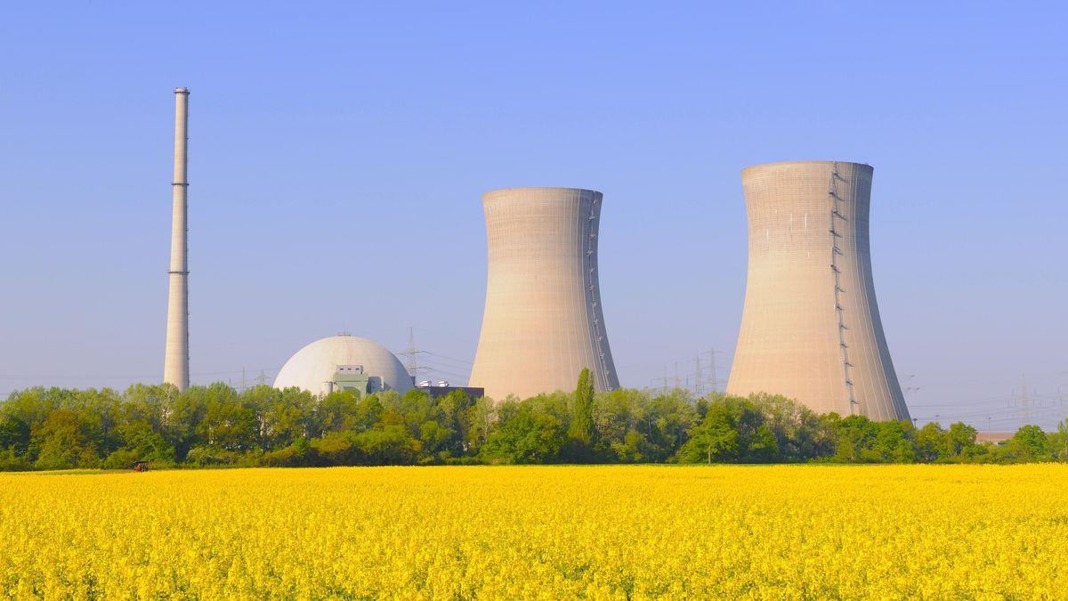 Das stillgelegte Kernkraftwerk in Grafenrheinfeld (Lkr. Schweinfurt)