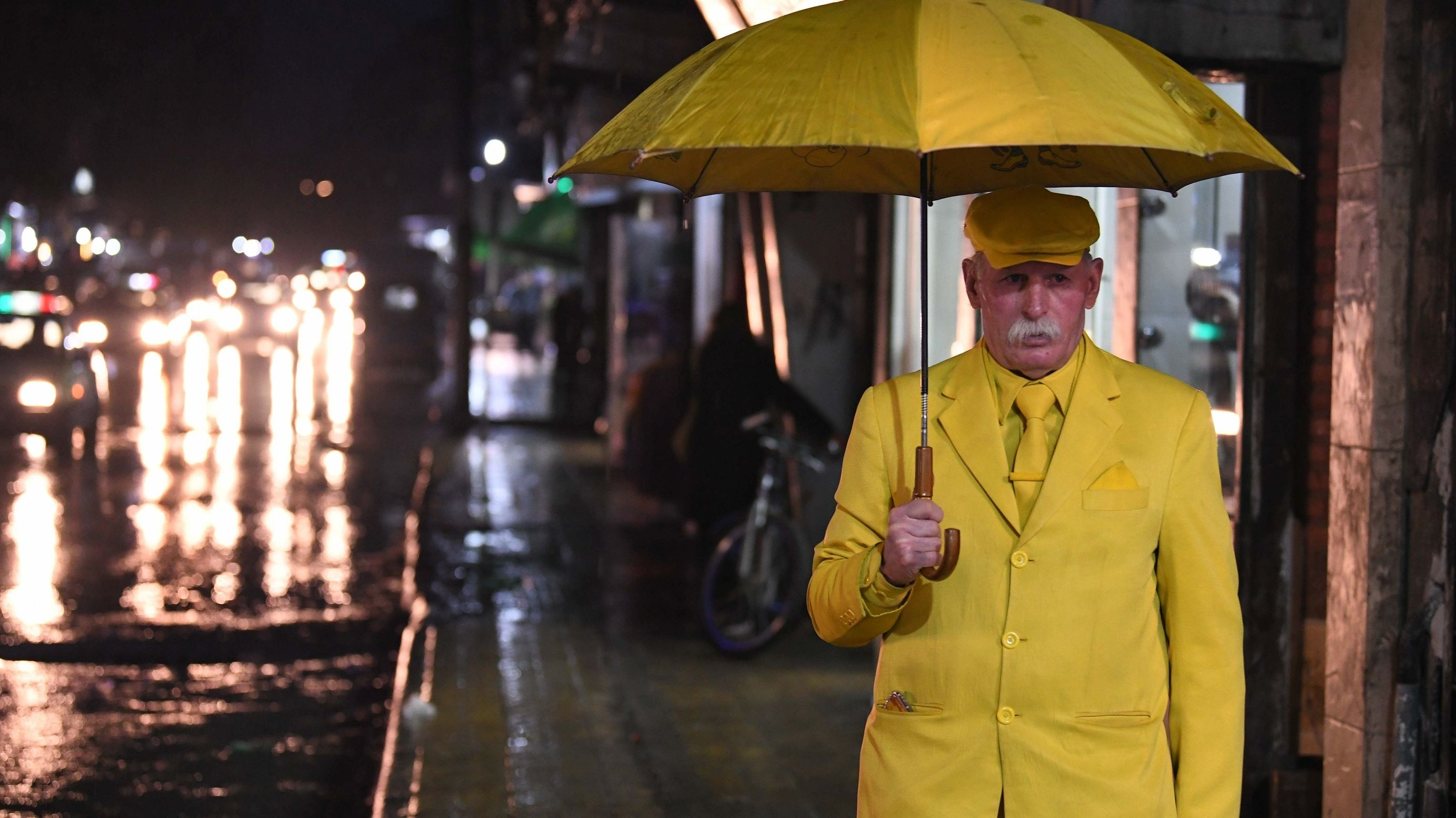 """Yellow Man"" in Aleppo"