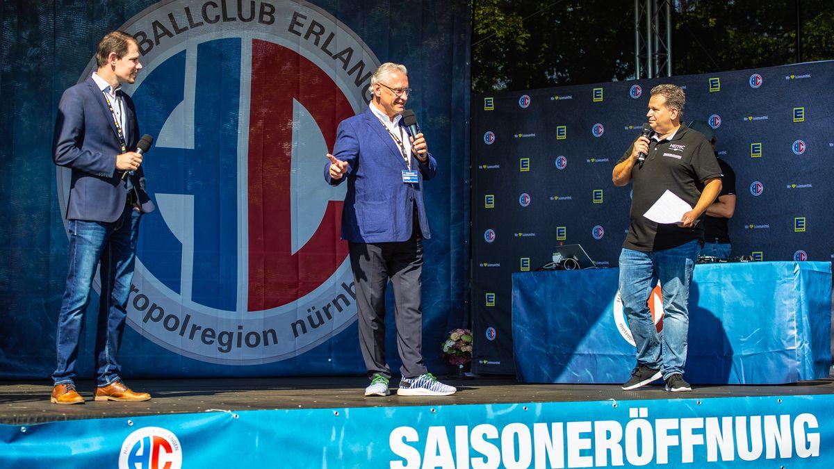 Innenminister Herrmann bei der Saison-Eröffnung des HC Erlangen