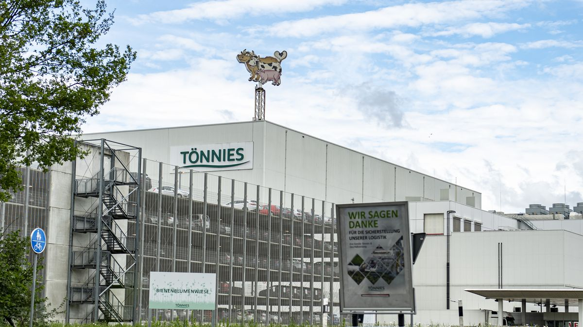 Das Fleischwerk Tönnies im Landkreis Gütersloh