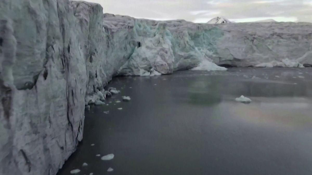 Eis in Grönland schmilzt rapide