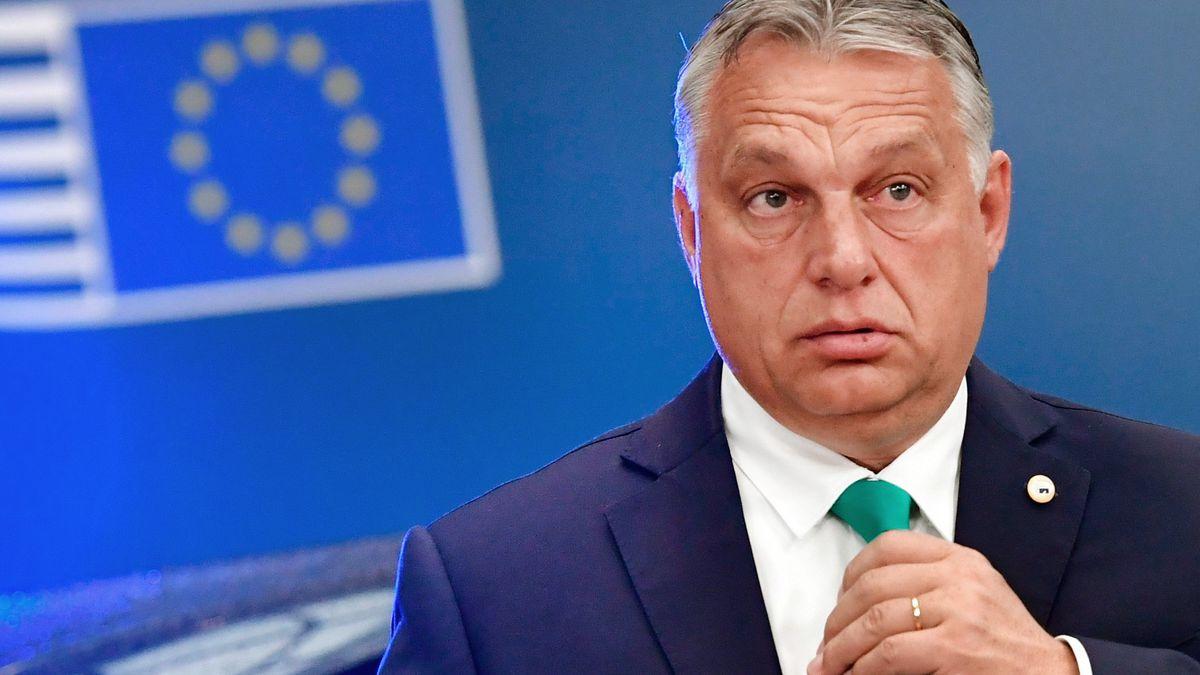 Ungarns Regierungschef Orban hat den Austritt der Fidesz-Partei aus der EVP-Fraktion angekündigt.