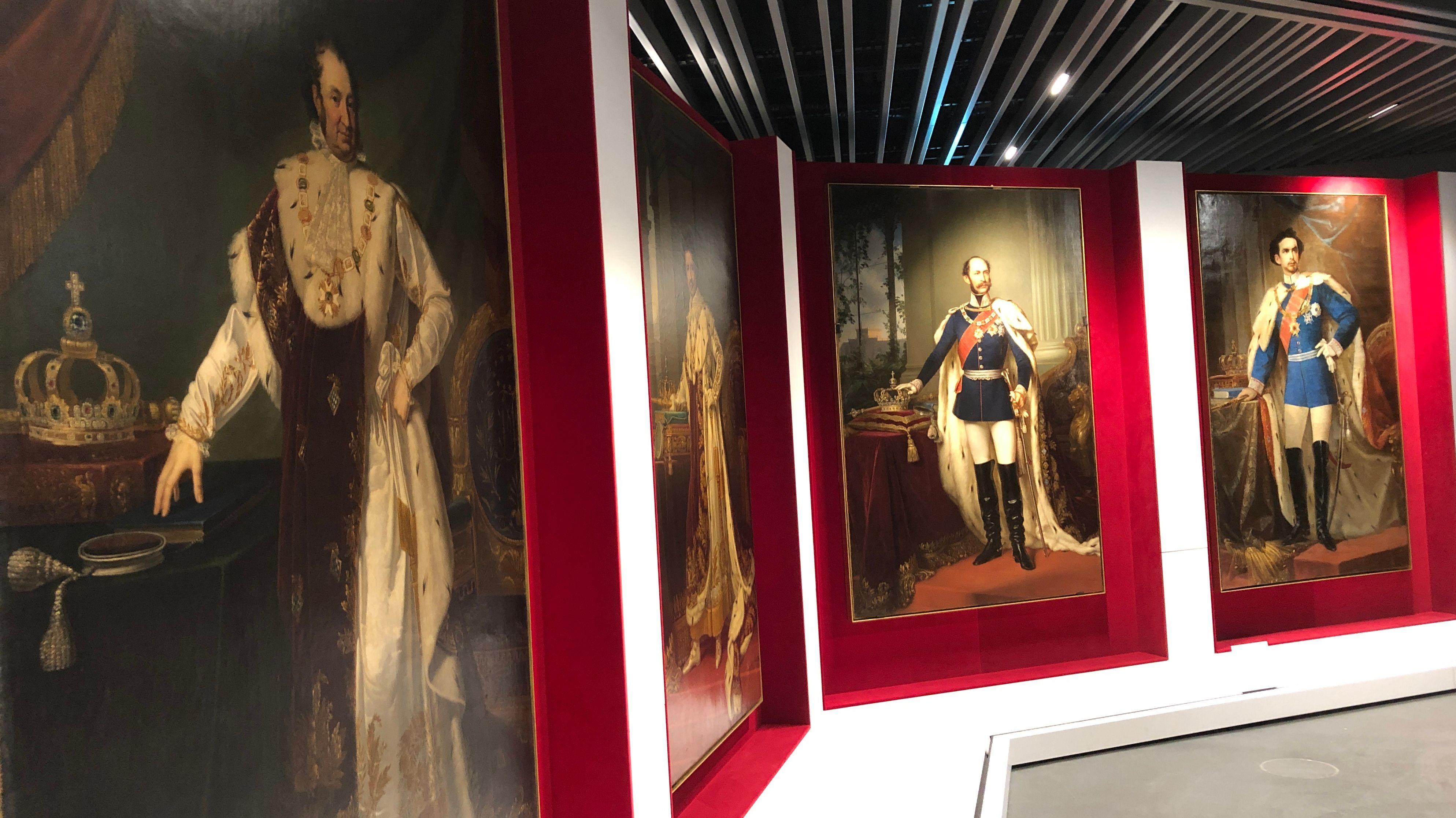 Bayerns Könige in einer Galerie