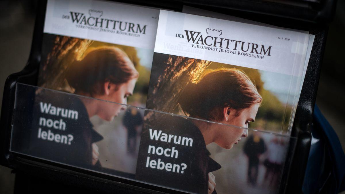 """Die Zeitschrift """"Der Wachtturm"""" der Zeugen Jehovas"""