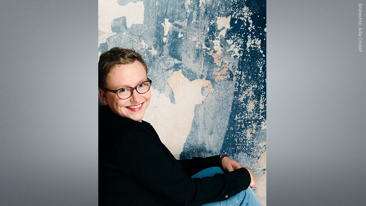 Lehrerin und Autorin Julia Christof