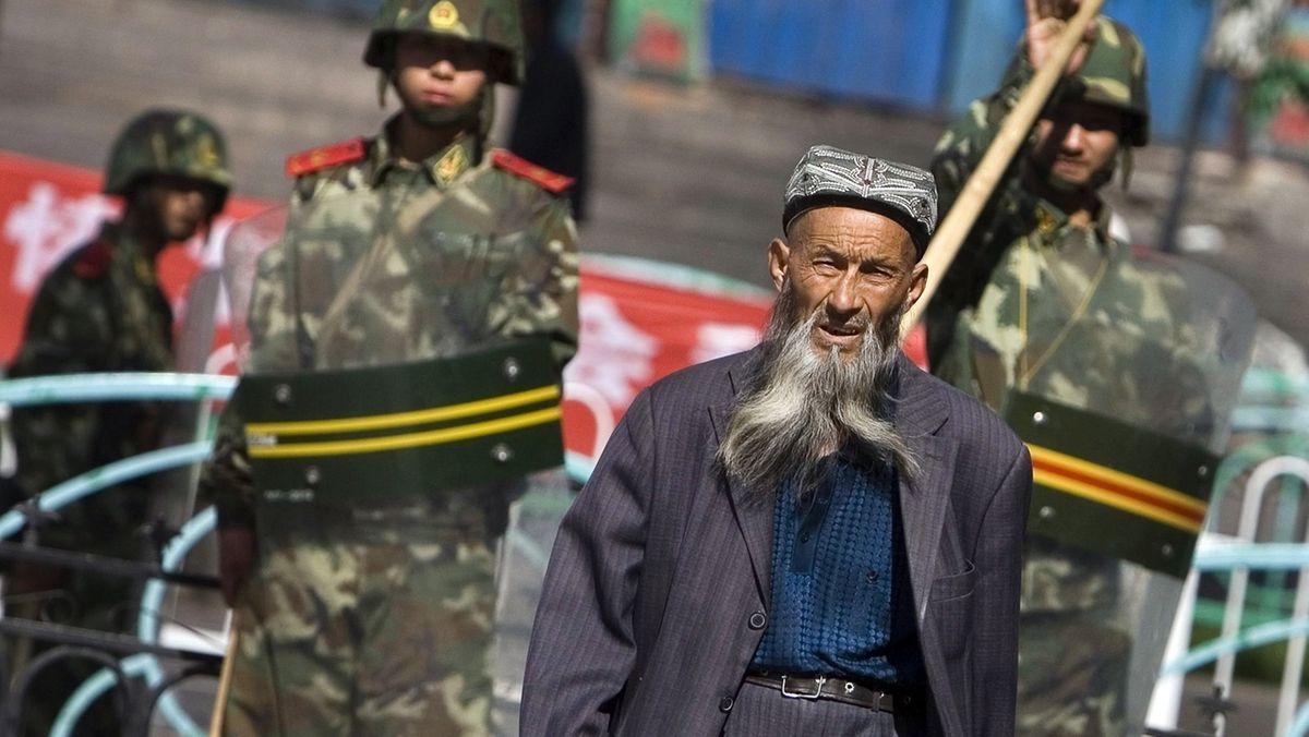 EU verhängt Sanktionen wegen Menschenrechtsverletzungen in China