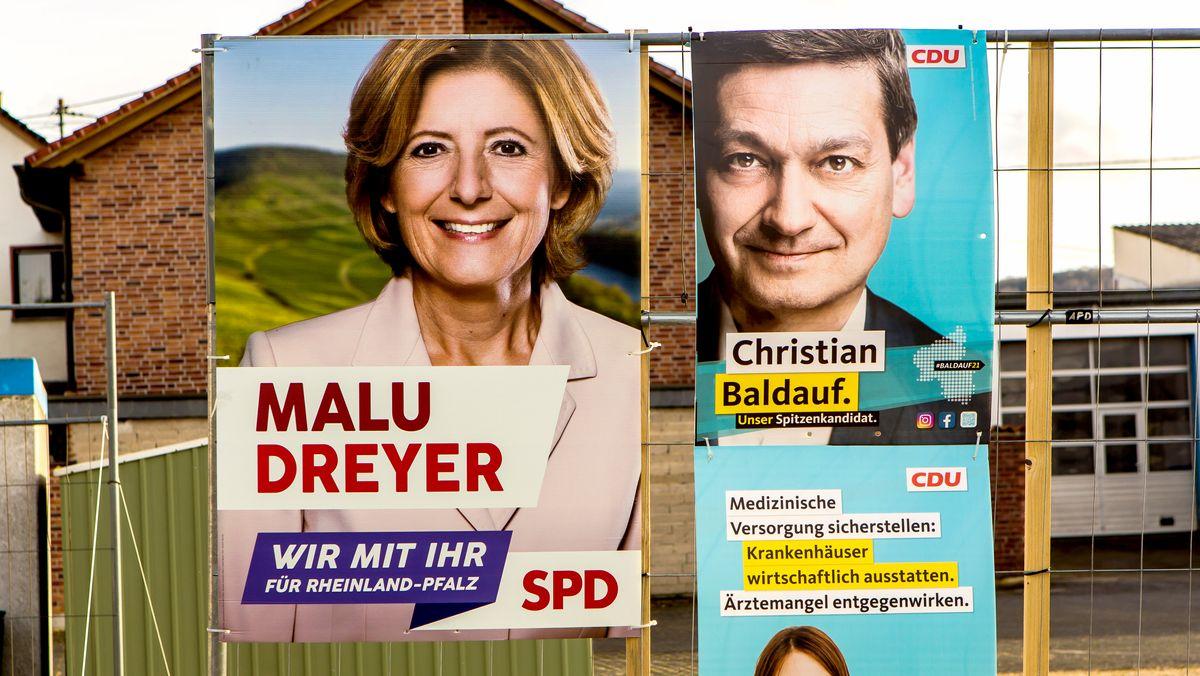 Wahlplakate in Rheinland-Pfalz zeigen SPD-Ministerpräsidentin Malu Dreyer und ihren Herausforderer Christian Baldauf von der SPD.