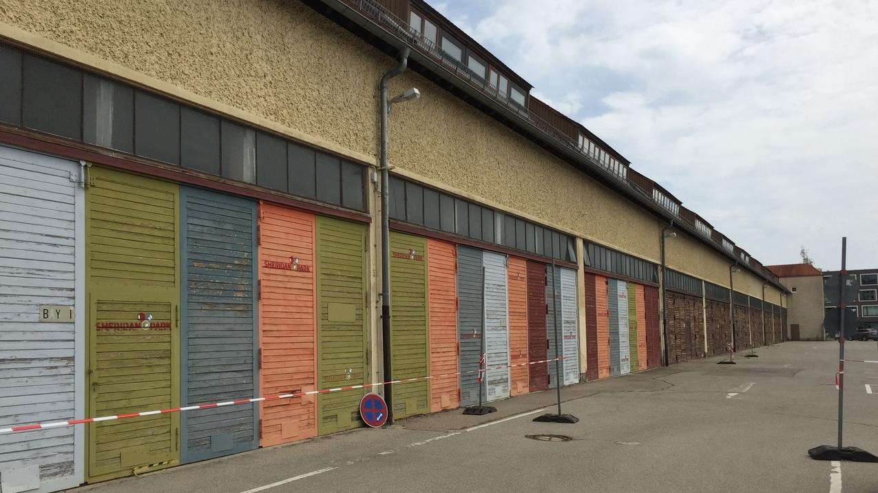 Das ehemalige KZ-Außenlager Halle 116 in Augsburg-Pfersee von außen