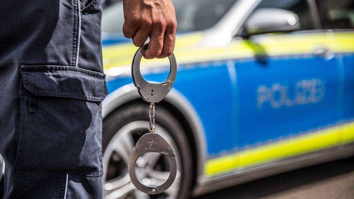 Frau soll für Polizeieinsatz wegen angeblicher Entführung zahlen