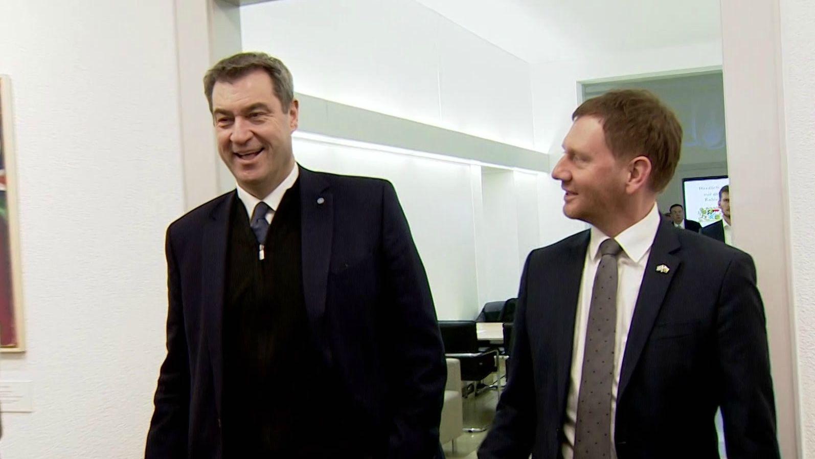 Die beiden Ministerpräsidenten Markus Söder (links) und Michael Kretschmar