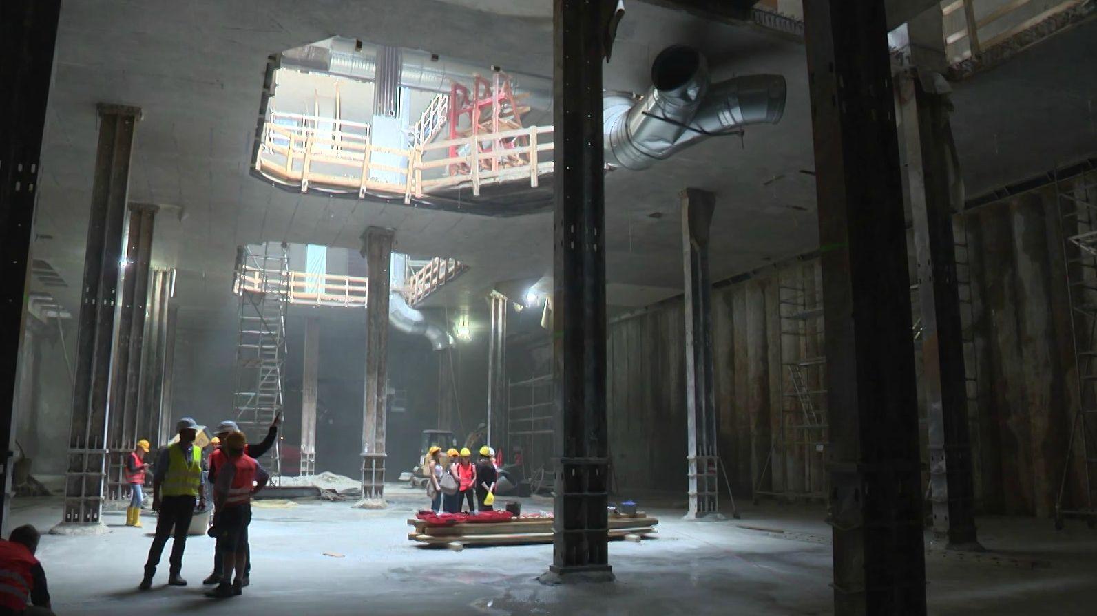 Germanisches Nationalmuseum: Mit 21 Metern hat die Baugrube für das neue Tiefdepot des GNM ihren tiefsten Punkt erreicht.