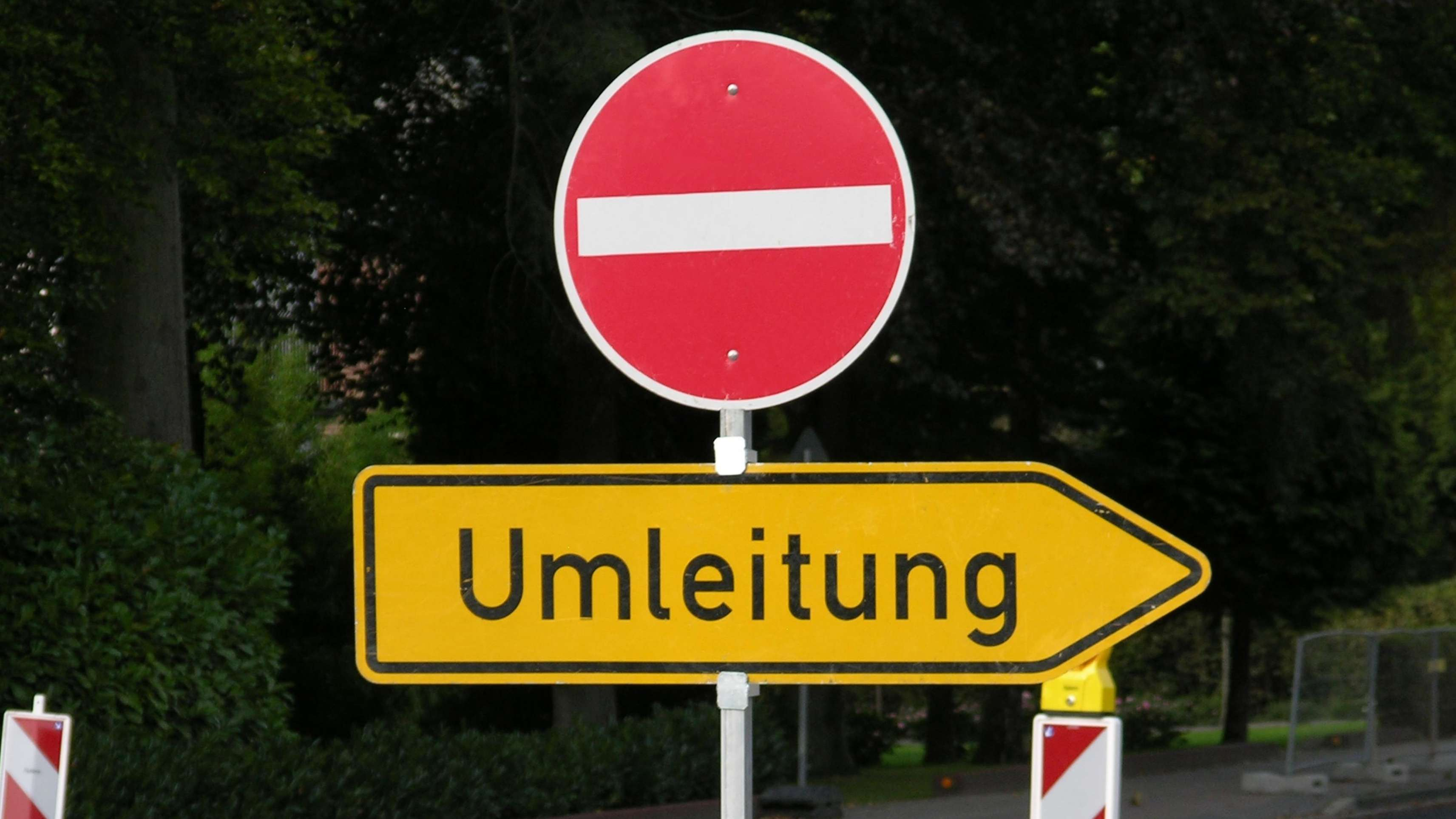 Vollsperrung der B27 in Eußenheim (Symbolbild)