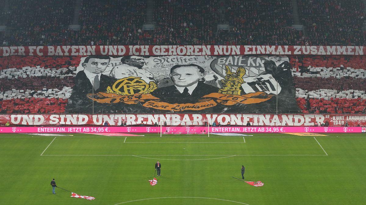 Die Bayern-Fans ehren ihren ehemaligen Präsidenten Kurt Landauer.