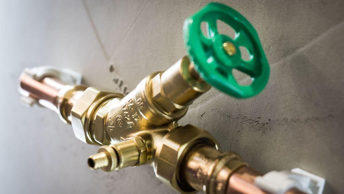 Symbolbild Absperrventil Wasserleitung