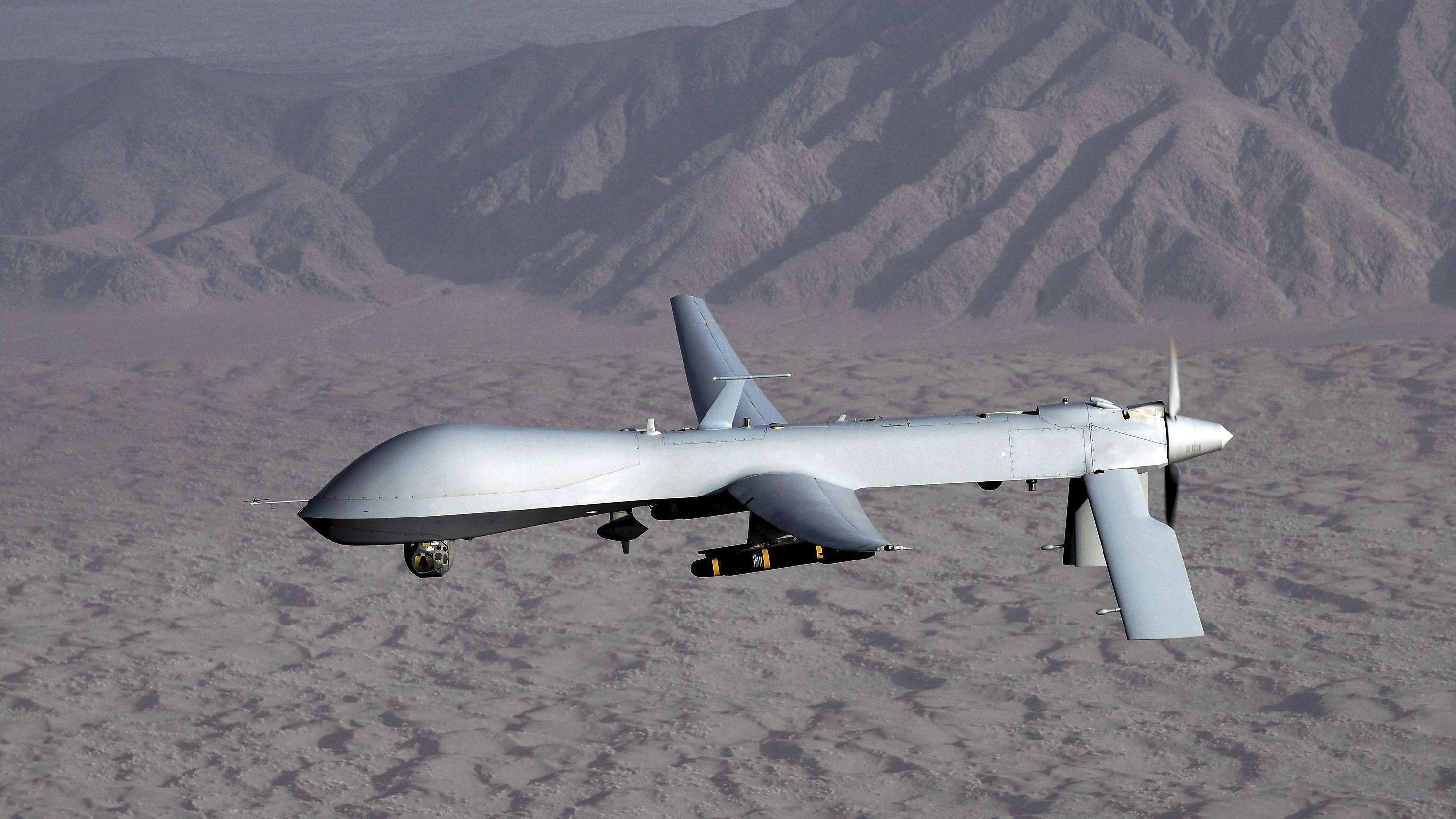 Unbemannte Predator-Drohne der US Air Force über Afghanistan.