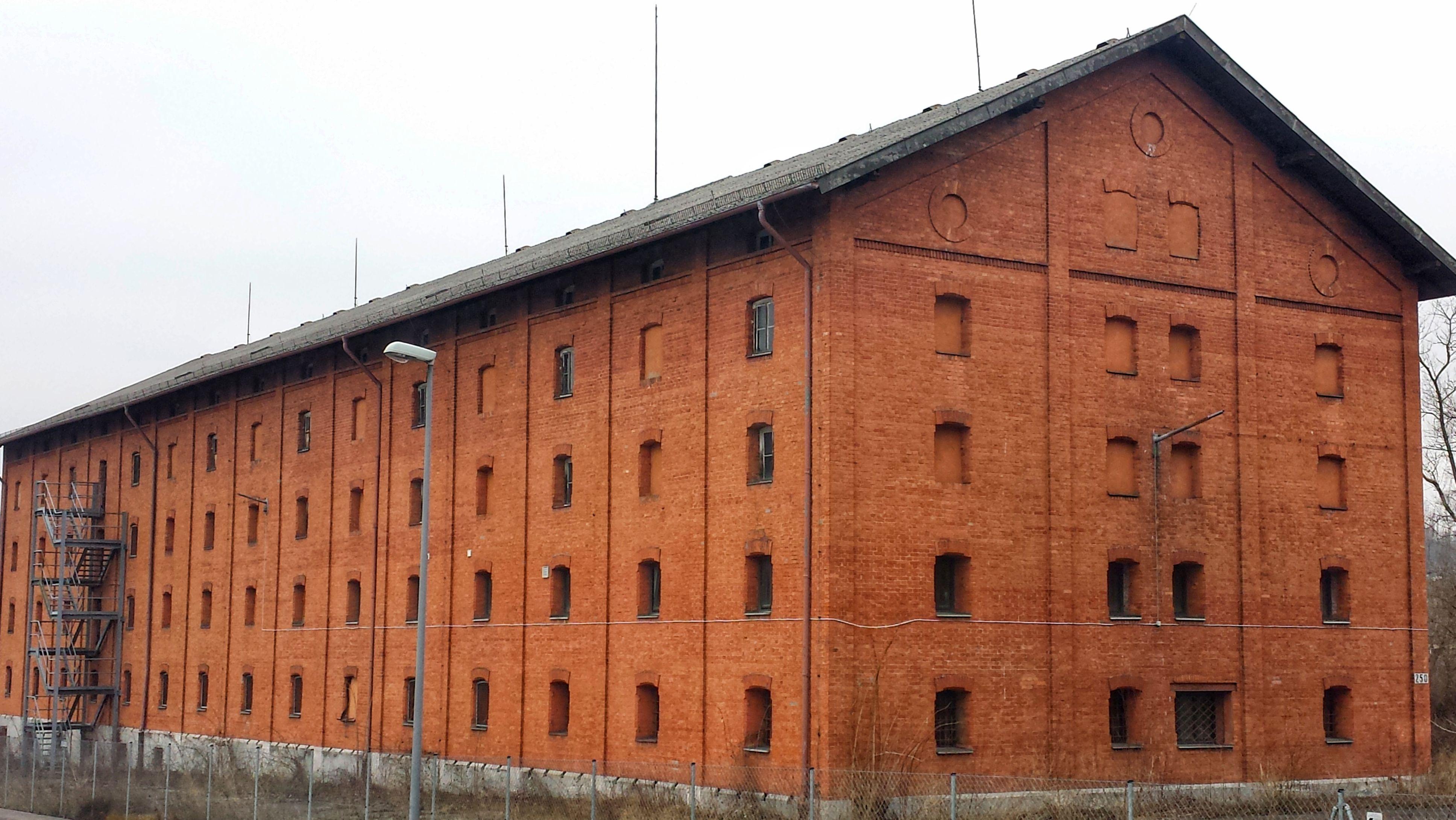 Ein Gebäude der Faulenberg-Kaserne in Würzburg