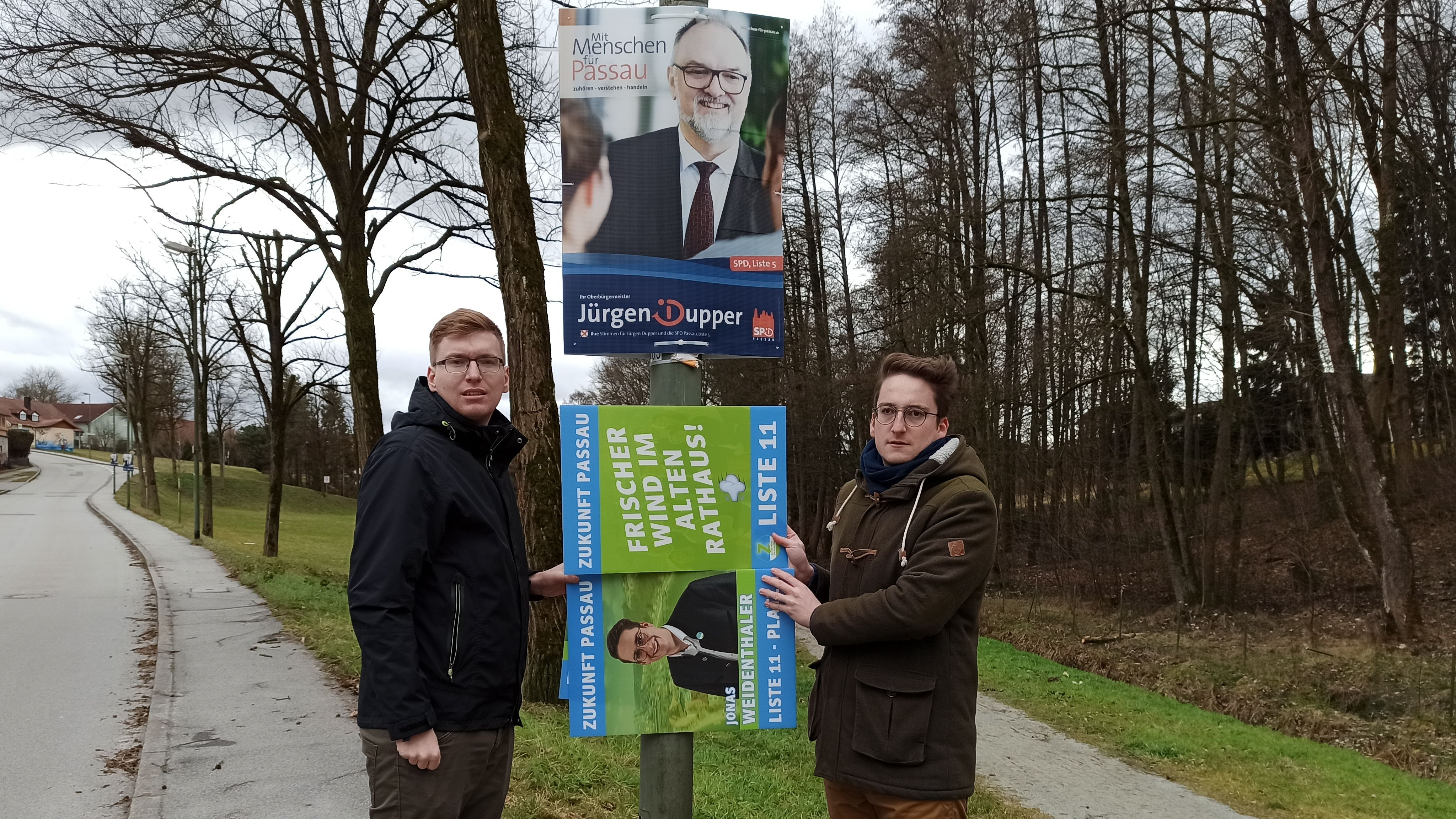"""Die Stadt Passau genehmigt der Wählergruppierung """"Zukunft Passau"""" um Jonas und Markus Weidenthaler nicht in Din A2 zu plakatieren."""