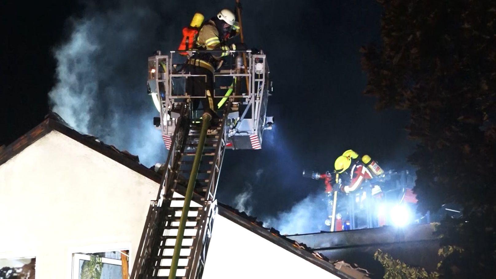 Wegen eines Brandes mussten 75 Personen in Sicherheit gebracht werden