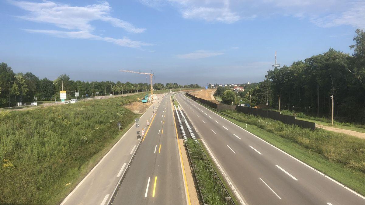 Vergangenen Sonntag war die A3 wegen Brückenbauarbeiten komplett gesperrt. Dieses Wochenende ist die Autobahn selbst nicht betroffen.