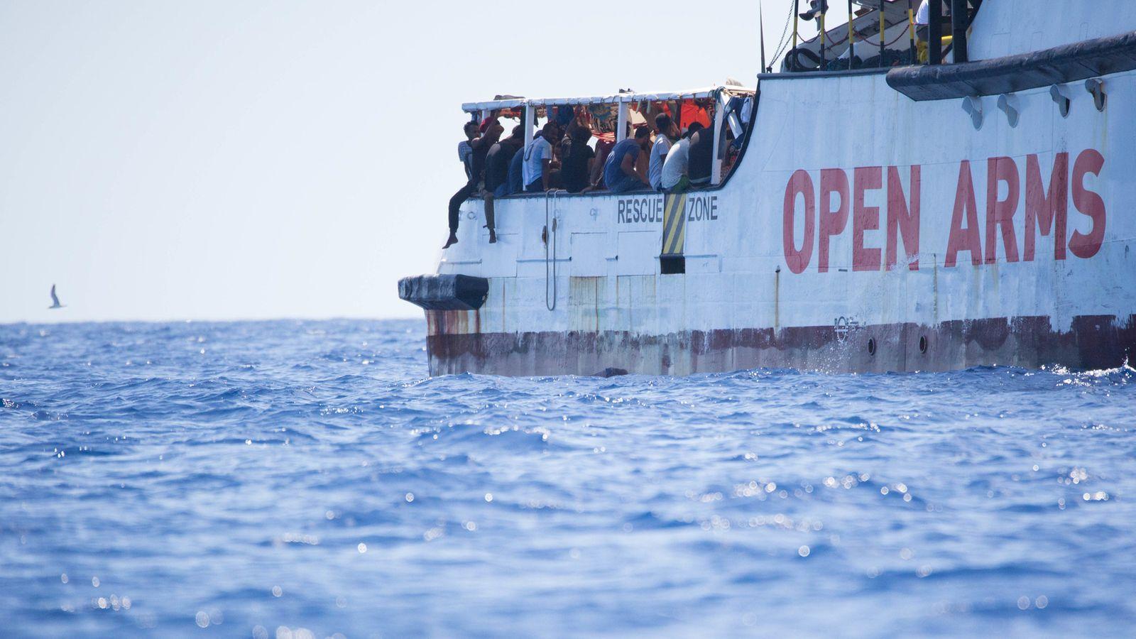 """""""Open Arms"""" lehnt Fahrt mit Migranten nach Spanien ab"""