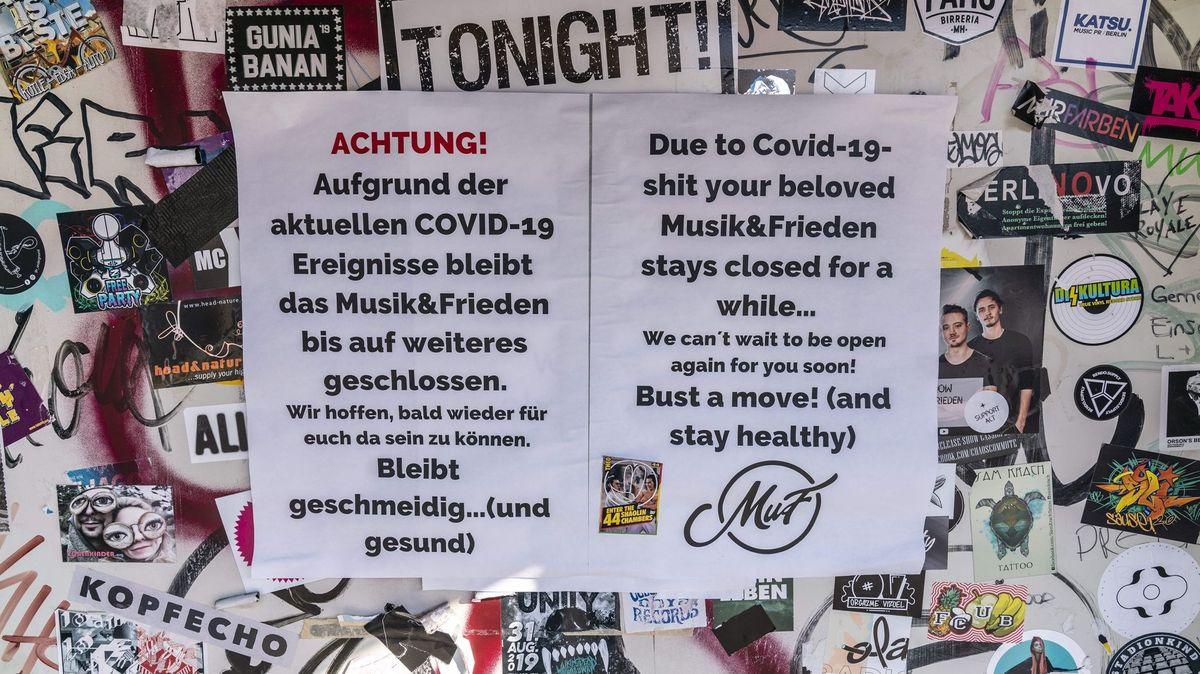 """Zettel an Berliner Club: """"Aufgrund der Covid19-Ereignisse bleibt ... geschlossen."""""""