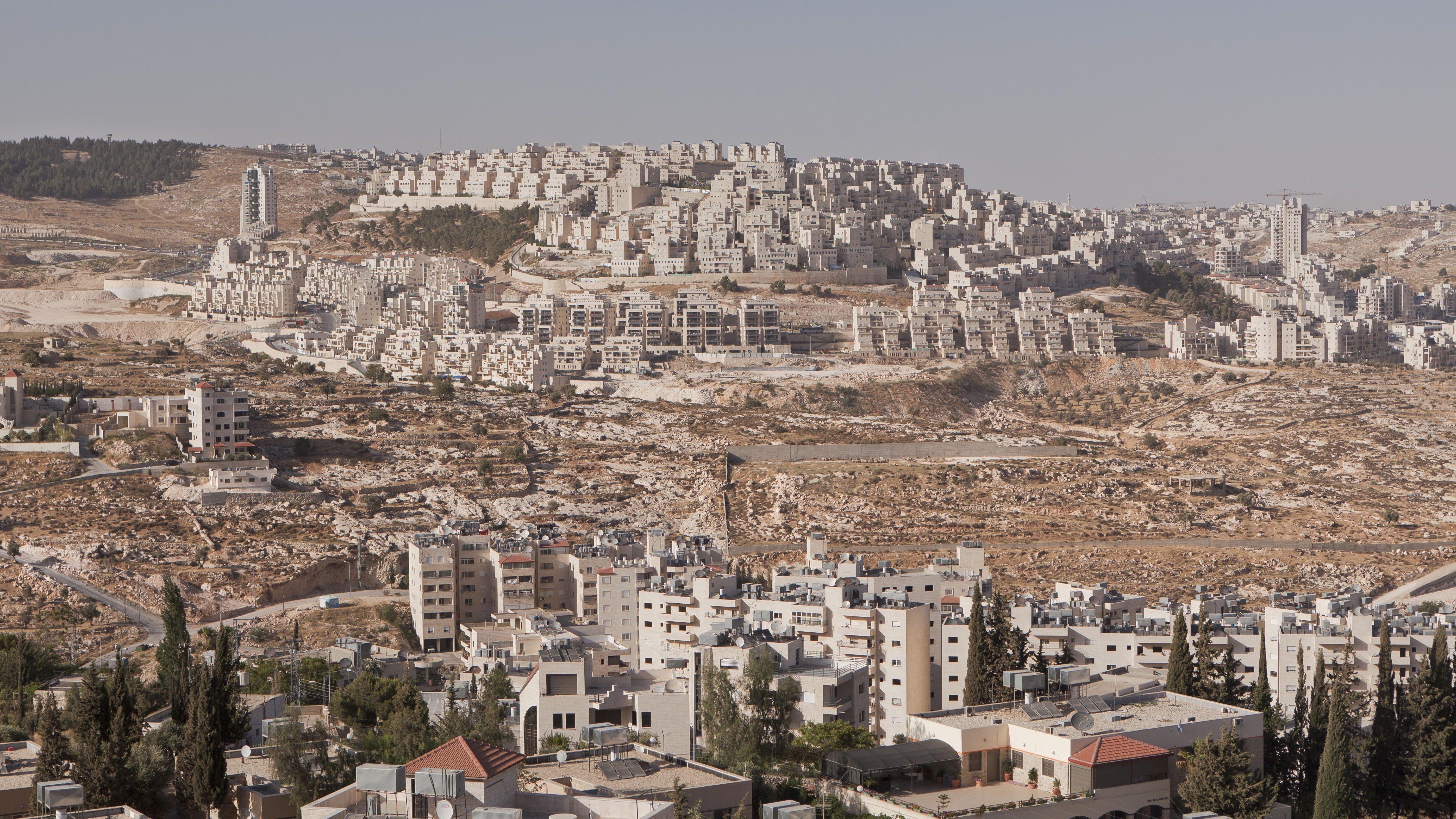 Jüdische Siedlung Har Homa auf Hügel, von Bethlehem aus gesehen, Westjordanland, Palästina
