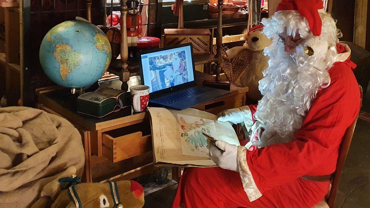 Auch der Weihnachtsmann macht Homeoffice