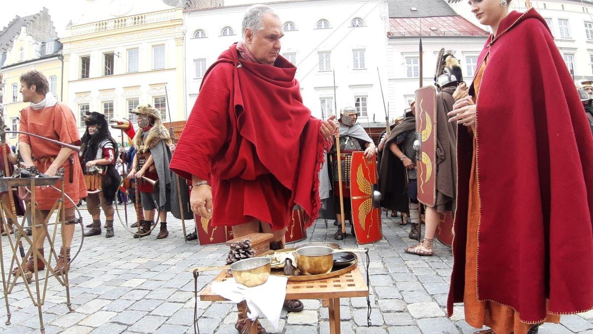 Salve, Straubing: Die Straubinger sind echte Römerfans und zeigen das auch gerne bei Festen.
