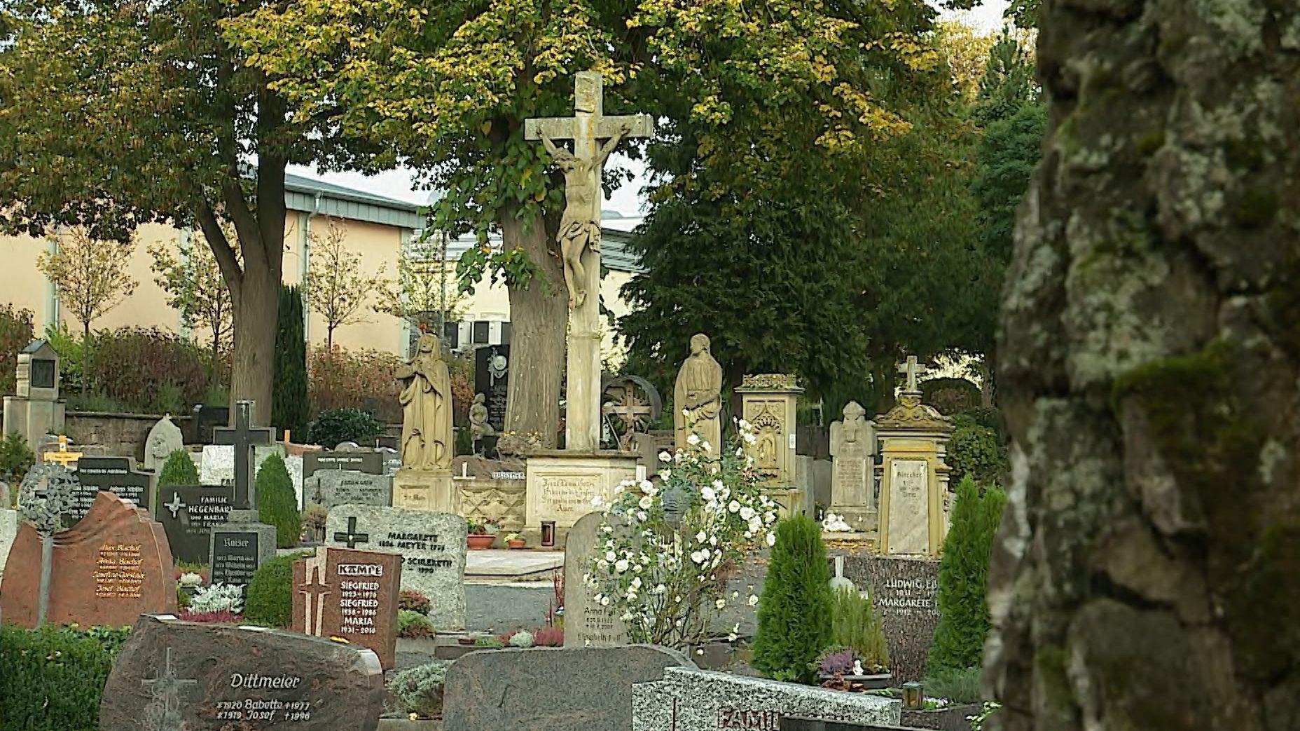 Der Alte Friedhof in Kitzingen
