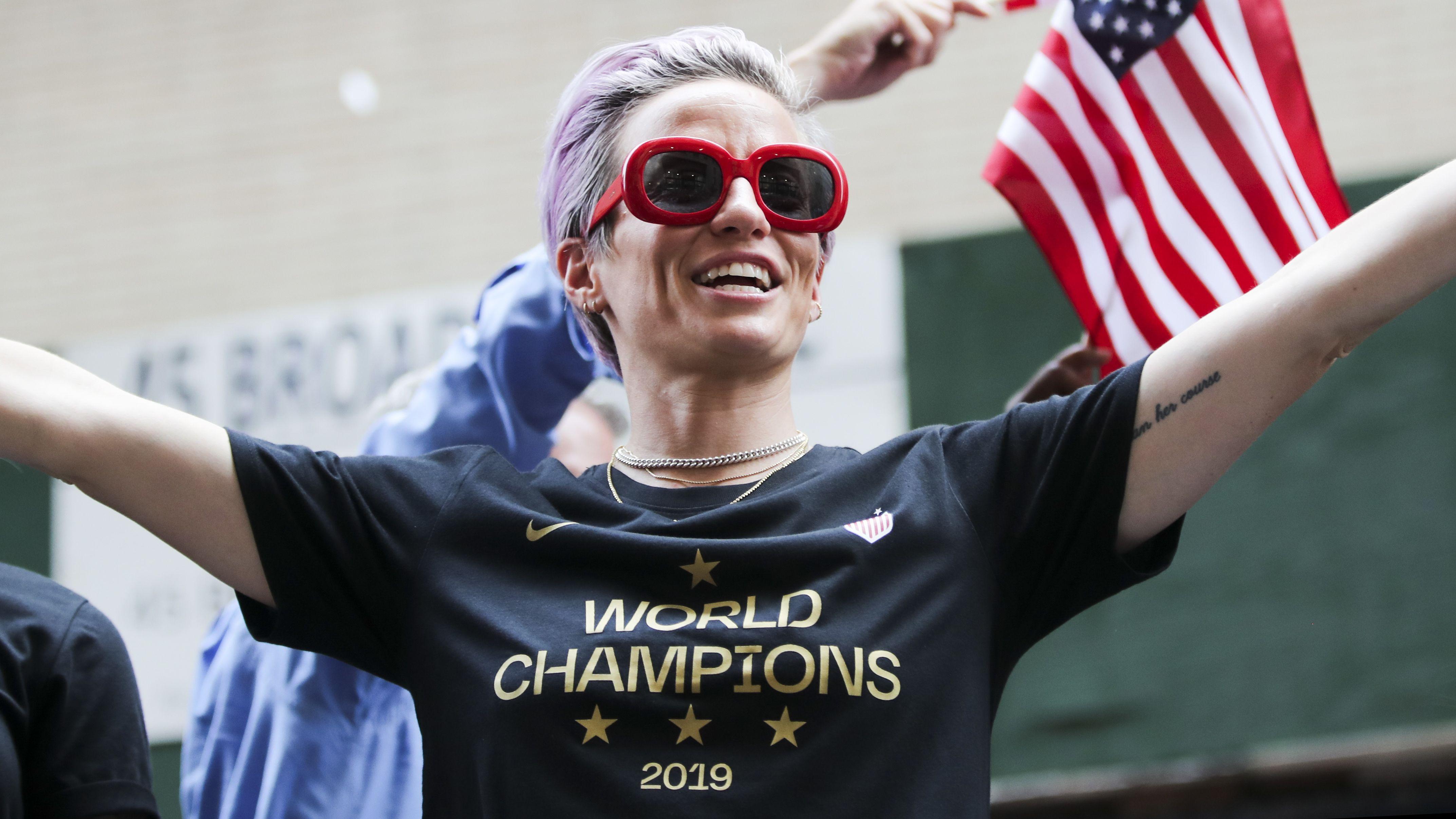 Megan Rapinoe hält am Mittwoch nach ihrem WM-Triumph eine beeindruckende Rede.