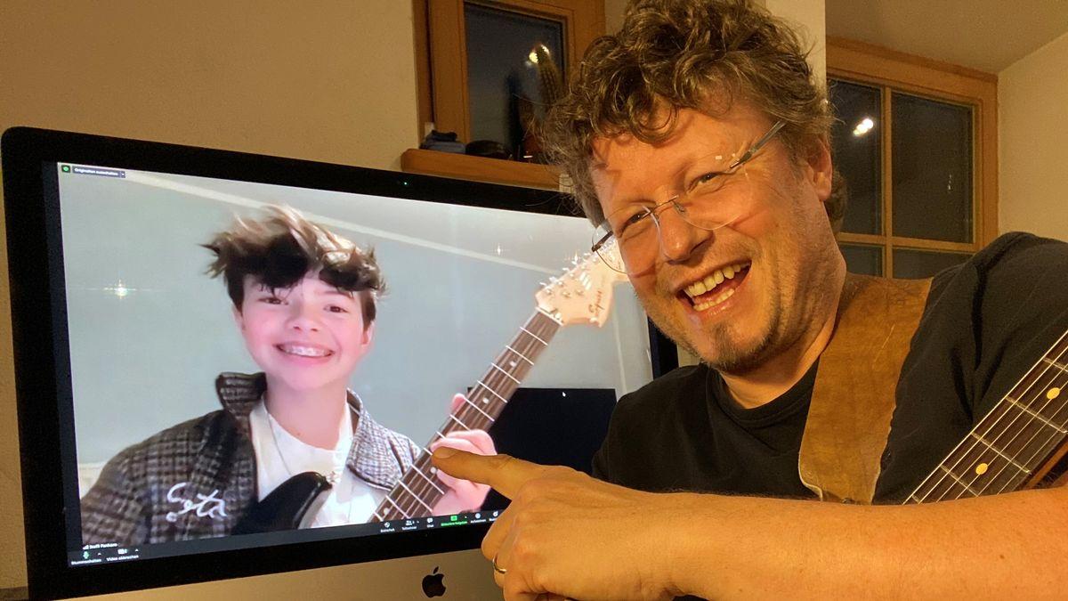 Gitarrenunterricht geht derzeit nur online