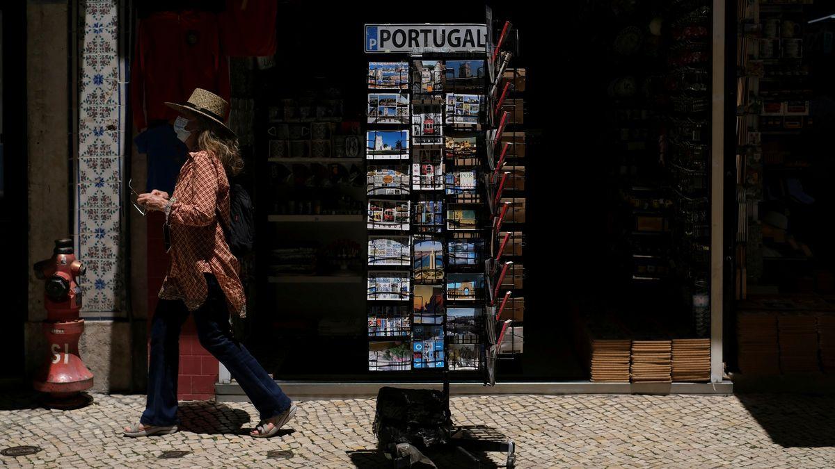 Touristin in Lissabon