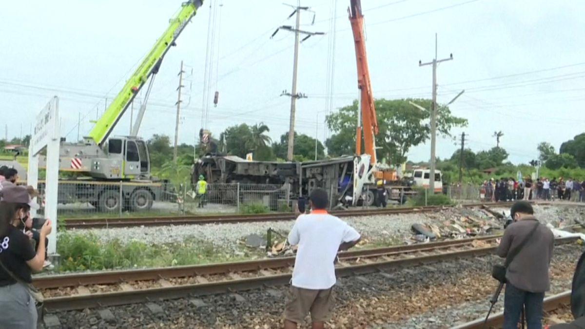 Zugunglück in Thailand