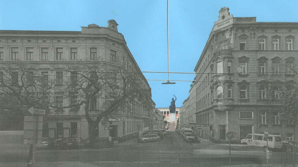 Blick auf die Bavaria und die Ruhmeshalle am Ende der Straße.