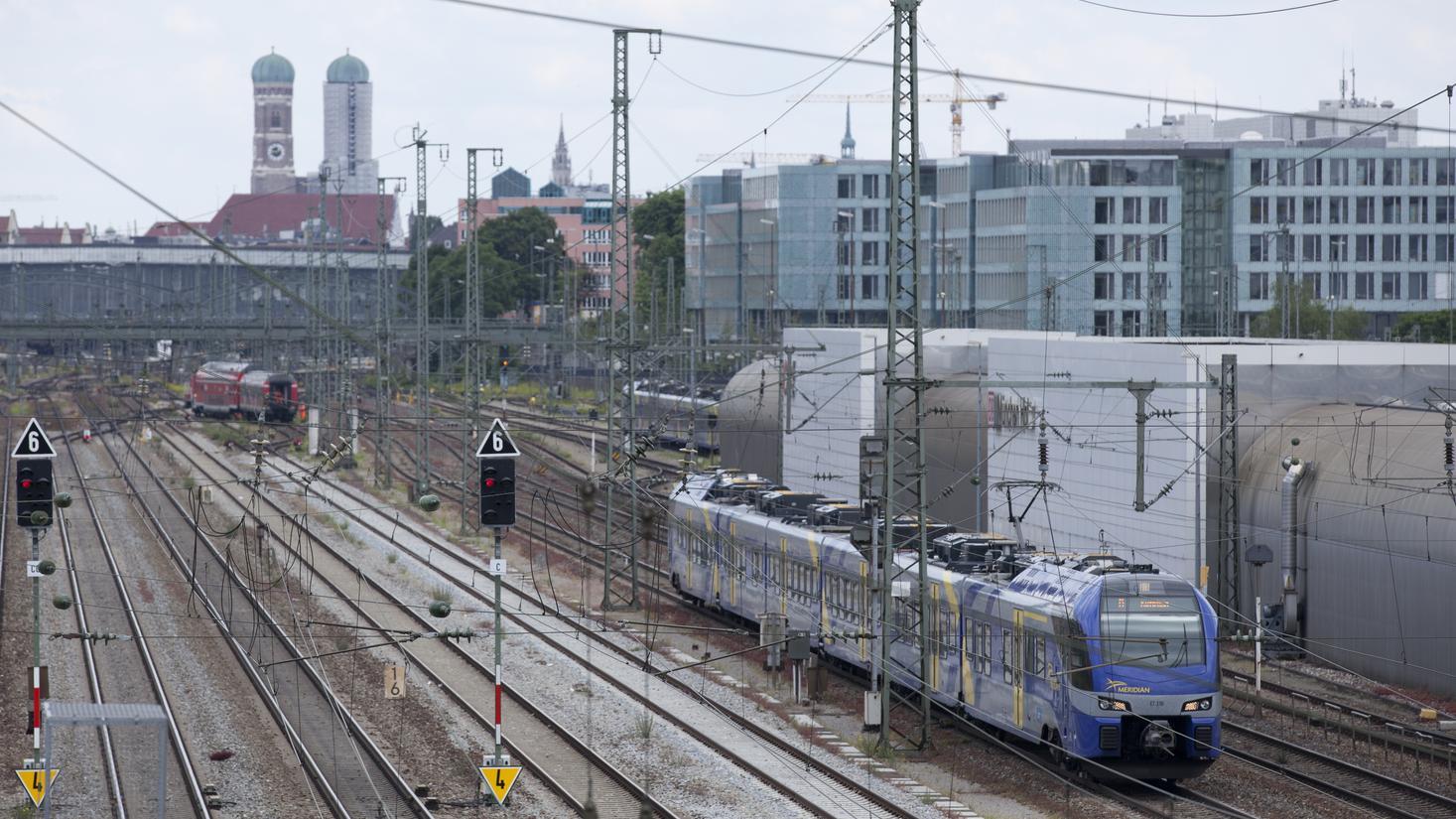 Zug Verspätungen Zwischen Rosenheim Und München Br24
