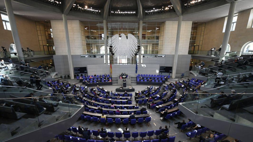 Debatte im Bundestag über das Infektionsschutzgesetz