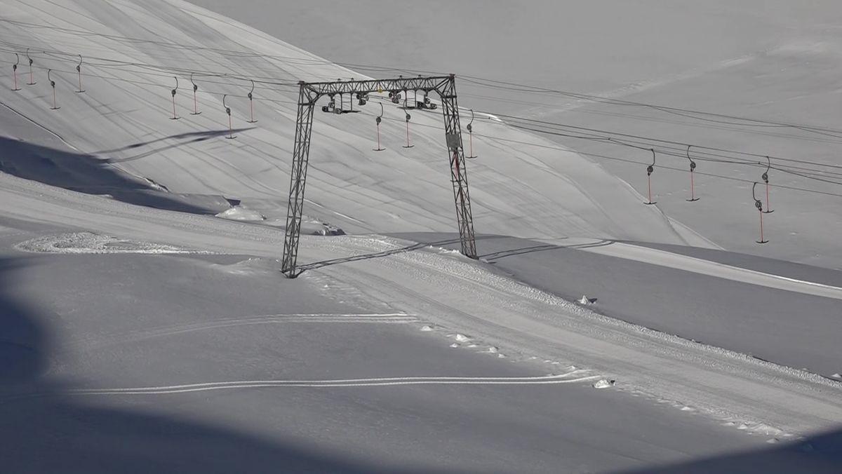 Der Schlepplift an der Zugspitze steht still