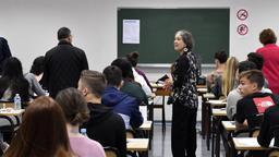 Schulklasse in Frankreich | Bild:picture alliance/Stéphane Geufroi/MAXPPP/dpa