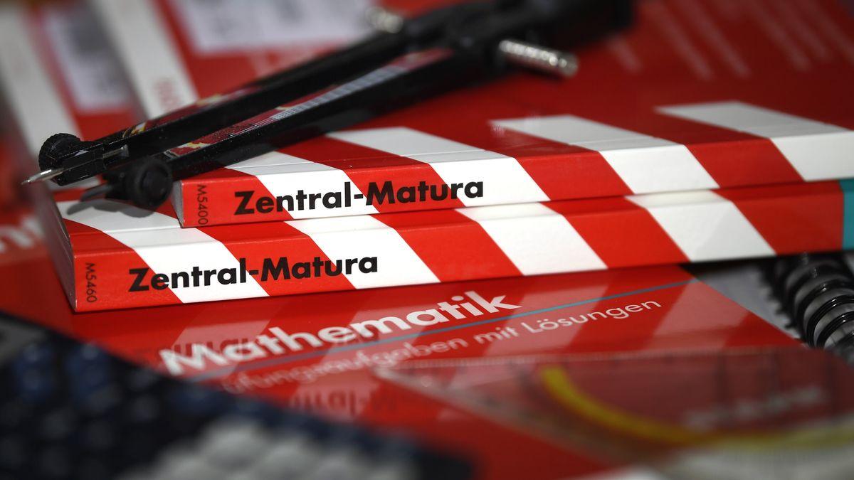 Bücher zur Vorbereitung auf die Matura, das Abitur in Österreich
