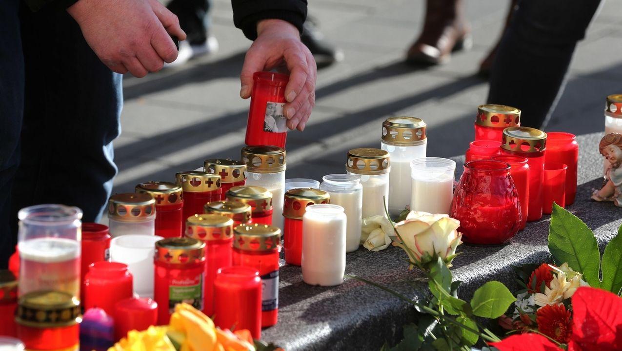 Kerzen am Königsplatz in Augsburg