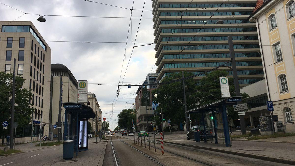 Die Trambahnen 19 und 20 fahren im 10-Minuten-Takt, die Linie 25 im 20-Minuten-Takt.